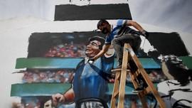 Duka Cita untuk 'Dewa' Maradona, dari Messi hingga Ronaldo