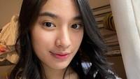 <p>Pengasuh Kiano Tiger Wong, anak Baim Wong dan Paula Verhoeven curi perhatian netizen karena wajah cantiknya.</p>