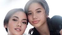 <p>3. Bak buah yang jatuh tak jauh dari pohonnya, Jasmine yang kini beranjak remaja dan berusia 17 tahun tampak memiliki paras yang cantik seperti Ririn ya, Bunda?(Foto: Instagram @ririnekawati)</p>