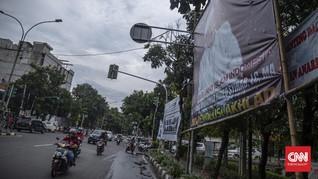 TNI Cabut Baliho Rizieq, Tagar #DudungBaliho Menggema
