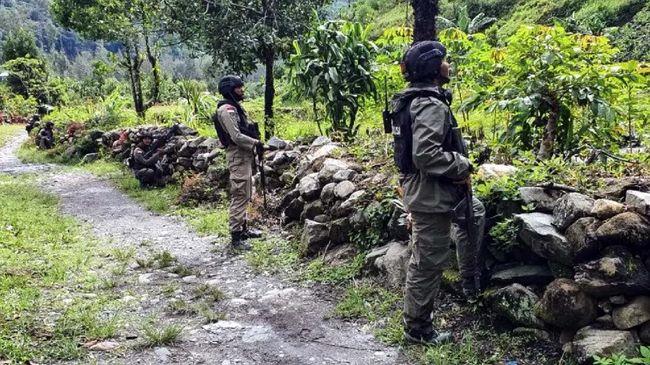 Pasukan TPNPB-OPM mengimbau agar pasukan TNI-Polri segera menuju lokasi perang yang jauh dari warga sipil di Ilaga, Kabupaten Puncak, Papua.
