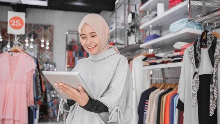 Mau Mulai Bisnis Hijab? Ketahui Bahan-bahan Hijab yang Nyaman Ini