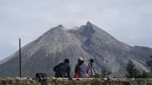 Gunung Merapi Erupsi, Sleman Diguyur Hujan Abu