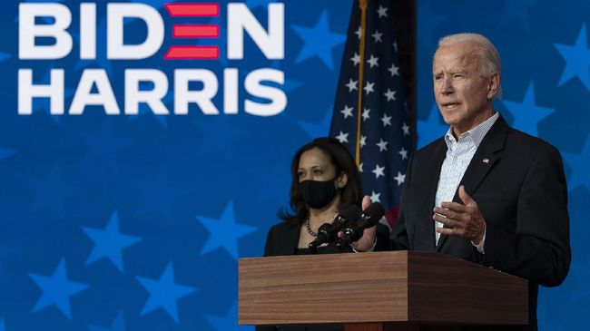Joe Biden dan Kamala Harris menyatakan siap mengambil alih Gedung Putih dengan fokus pemulihan AS dari virus Corona.