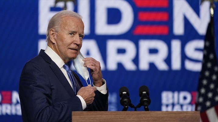 Joe Biden berpidato didepan publik. (AP/Carolyn Kaster) - PT Rifan Financindo
