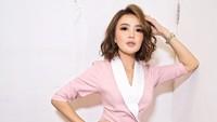 <p>Wika Salim kemudian menjadi salah satu host acara Eat Bulaga Indonesia pada tahun 2013.</p>
