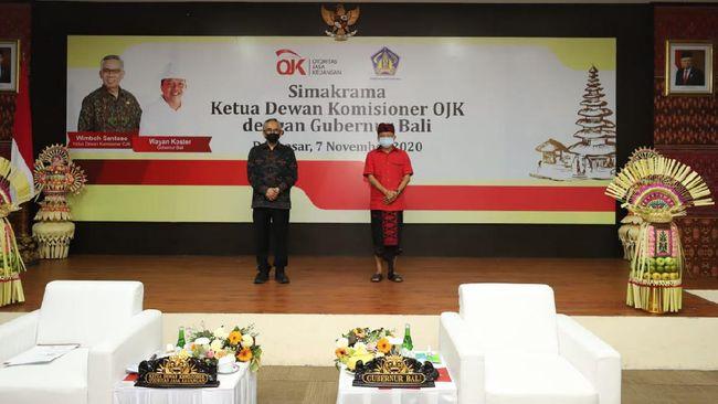 OJK menyatakan dukungan untuk memulihkan kembali ekonomi yang porak poranda akibat pandemi di Bali.