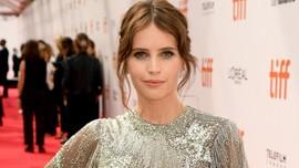 Felicity Jones Berharap Tetap Tampil di Film Star Wars
