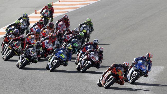 MotoGP Valencia 2020 akan berlangsung di Sirkuit Ricardo Tormo, 13-15 November. Berikut jadwal live streaming di CNNIndonesia.com.