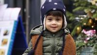 <p>Ansara saat ini menginjak usia 2 tahun. Wajahnya yang imut sering dibilang mirip boneka lho. (Foto: Instagram @cacatengker) </p>
