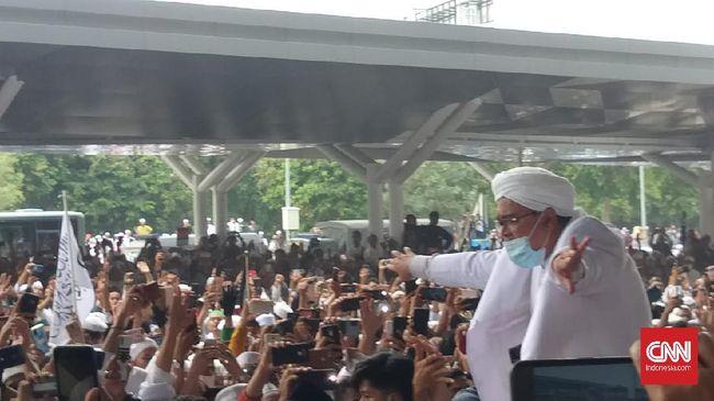 Polda Metro Jaya resmi menetapkan Rizieq Shihab sebagai tersangka dalam perkara kerumunan Petamburan terkait pernikahan putrinya.