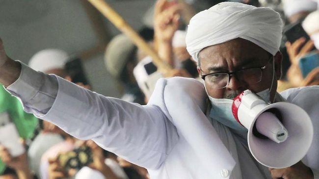 Rizieq Shihab meminta penegak hukum tak mereka-reka kasus. Dia mempertanyakan aparat yang tak juga mengusut kasus Denny Siregar, Abu Janda, dan Ade Armando.