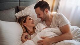 10 Posisi Seks yang Disukai Wanita