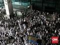 Selawat Menggema di Bandara Soetta Sambut Kedatangan Rizieq