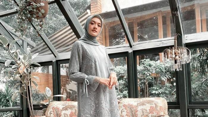 Rekomendasi Muslim Dress dari Online Shop Ini Cocok untuk Acara Kondangan Hingga Lamaran