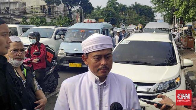 Slamet Maarif dihadirkan pihak Rizieq Shihab sebagai saksi yang meringankan dalam sidang dugaan penyebaran berita bohong hasil tes swab di PN Jaktim.