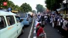 VIDEO: Massa FPI di Petamburan, Akses Ke RS Pelni Terhambat