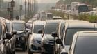VIDEO: Tol Bandara Lumpuh, Penumpang Pesawat Jalan Kaki 7 Km