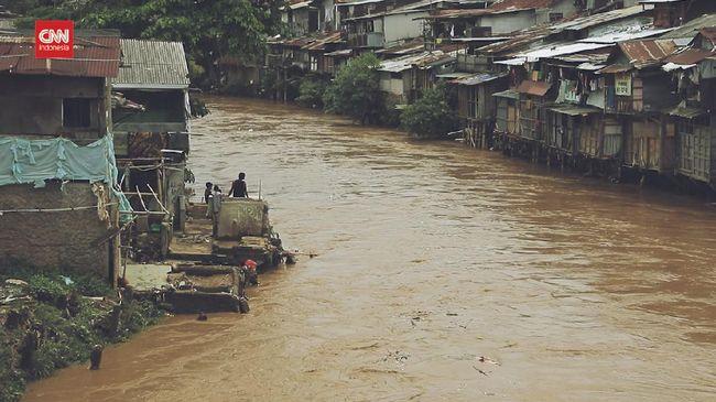 VIDEO: Nasib Ciliwung, Terimpit Cemar dan Perubahan Iklim