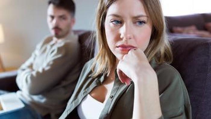 Tinggalin! 5 Hal Ini Jadi Tanda Kalau Pacar Kamu Toxic