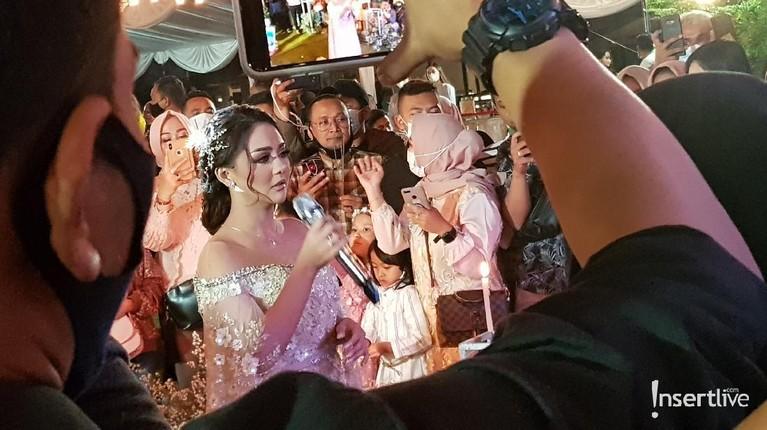 Resepsi pernikahan Jenita Janet dan Danu Sofwan