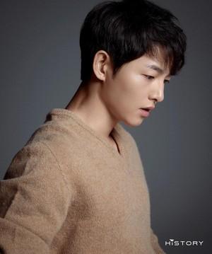 6 Foto Terbaru Song Joong Ki Duda Keren Yang Siap Comeback Di Drama Korea Foto 1