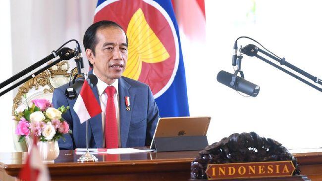 Presiden Jokowi menegaskan bahwa kebebasan berekspresi tidak absolut. Nilai, lambang, dan sensitivitas beragama juga harus selalu dihormati.