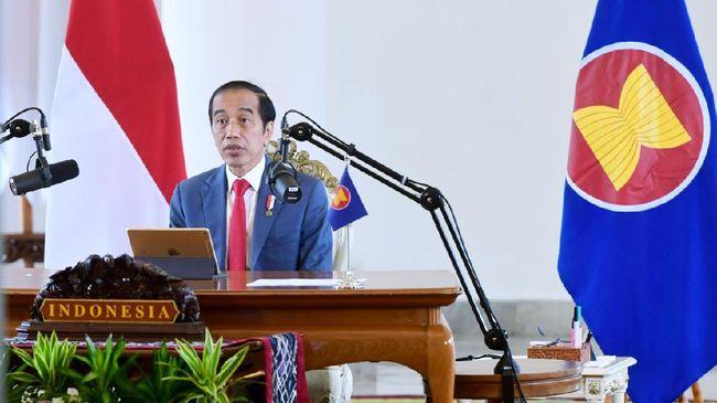 Presiden Jokowi menyebut 56 persen pekerjaan di lima negara ASEAN terancam hilang akibat perkembangan dunia digital dan otomatisasi.