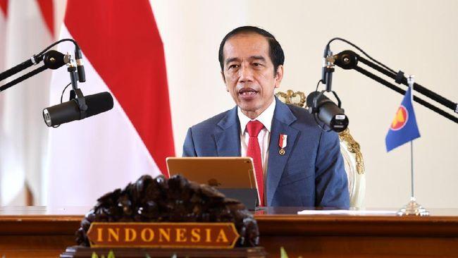 Presiden Joko Widodo (Jokowi) menghadiri rangkaian acara Konferensi Tingkat Tinggi (KTT) ASEAN ke-37 hari ketiga secara virtual dengan negara-negara mitra