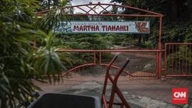 FOTO: Lusuh Pesona Taman Martha Tiahahu