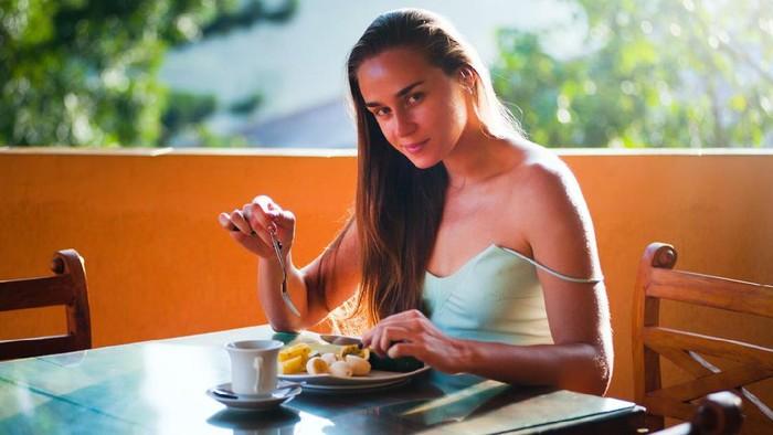 Awas, Ini 6 Kesalahan Fatal yang Sering Dilakukan Para Wanita Saat Diet