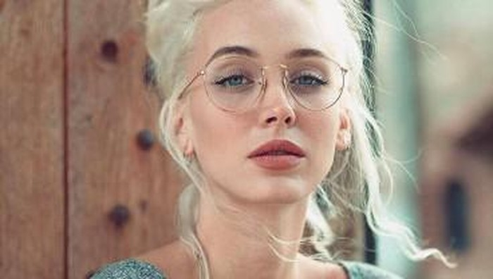 Tetap Stylist, Ini 4 Model Kacamata Minus Untuk Kamu yang Pengen Terlihat Cool