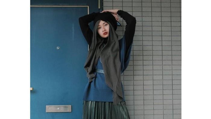 Gaya Hijab Jepang Kekinian ala Selebgram Rahmalia Aufa Yazid