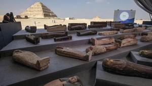 FOTO: Mesir Pamer 100 Peti Mati Bermumi Usia 2.500 Tahun