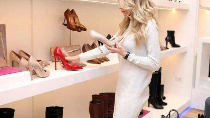 Tampil Fashionable Setiap Hari, dengan Jenis-Jenis Sepatu Ini