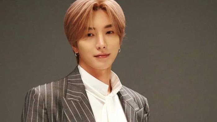 6 Idol K-Pop yang Memiliki Masa Lalu dan Sejarah Keluarga Paling Tragis