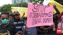 Polisi Tangkap Peserta Demo Tolak Otsus Papua di Depan DPR