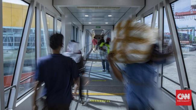 Pelni menerapkan protokol kesehatan ketat demi memastikan penumpang angkutan laut terhindar dari paparan virus corona.