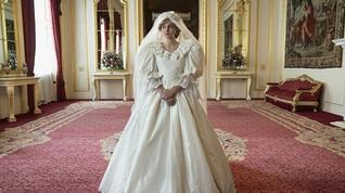 Emma Corrin Jawab Kritik Kerajaan soal Diana di The Crown 4