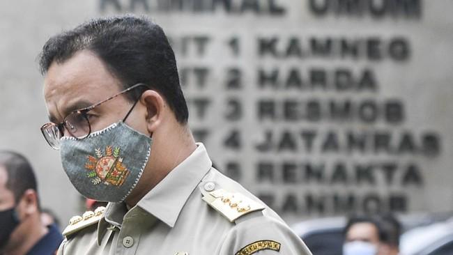 Anies Copot Wali Kota Jakpus-Kadis LH soal Kerumunan Rizieq