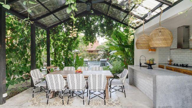 7 Desain Dapur Outdoor Kecil Yang Cocok Buat Rumah Minimalis