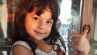 <p>Fara Shakila bisa dibilang bintang paling muda di sinetron Ikatan Cinta. Usianya masih 5 tahun, Bun. (Foto: Instagram @farashakila2015)</p>