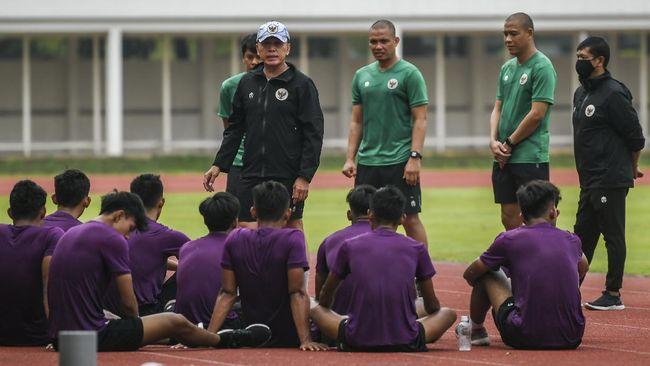 Ketua Umum PSSI Mochamad Iriawan melarang pemain Timnas Indonesia U-19 makan sembarangan termasuk pecel lele atau goreng-gorengan.