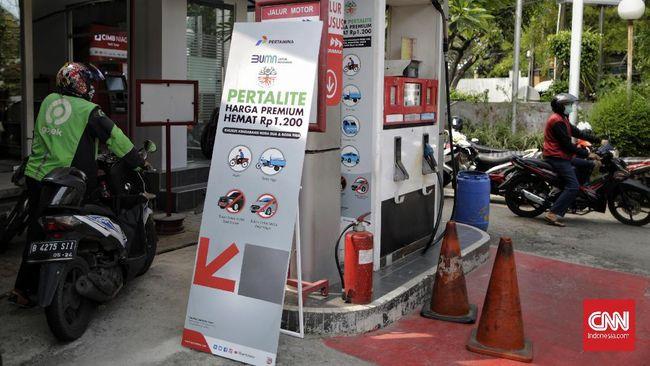 Pertamina menurunkan harga BBM jenis Pertalite menjadi setara dengan Premium di 11 wilayah di Jawa Tengah dan Yogyakarta.