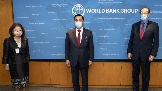 Presiden Bank Dunia David Malpass menilai implementasi omnibus law UU Cipta Kerja akan memberikan manfaat bagi masyarakat Indonesia.