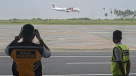 Pesawat Mendarat Perdana di Bandara Soedirman Purbalingga