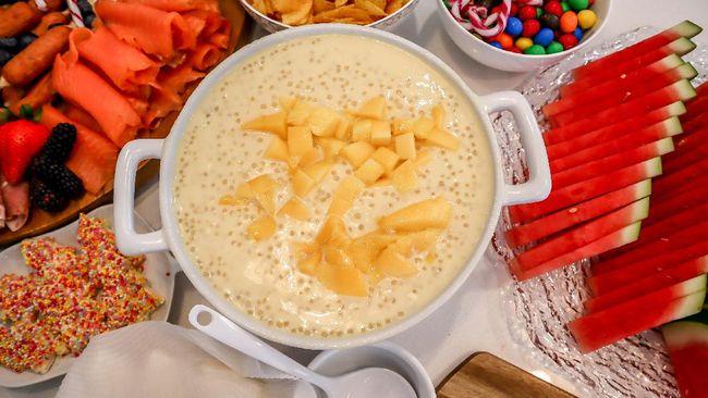 Salah satu dessert olahan mangga yang tengah digandrungi adalah Mango Sago. Resep Mango Sago tidaklah rumit, berikut langkah-langkahnya.
