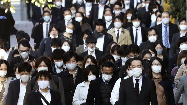 Jepang melaporkan lebih dari 2.000 kasus virus corona pada Rabu (18/11) untuk pertama kalinya sejak wabah melanda.