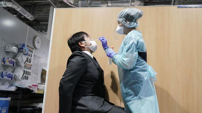 Pemerintah Jepang berencana memperpanjang masa tanggap darurat pandemi virus corona jelang Olimpiade.