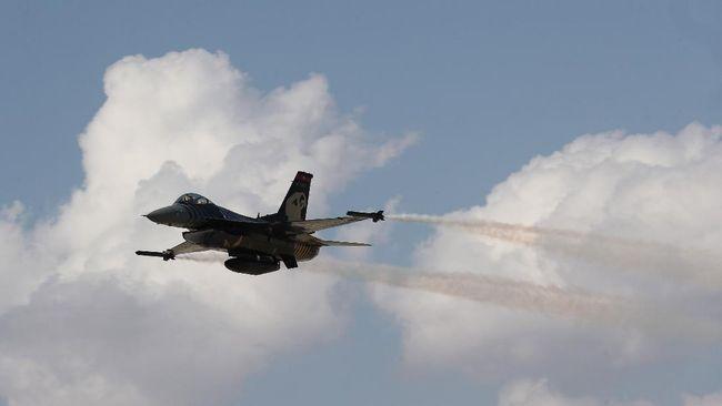 AS telah memindahkan skuadron jet tempur F-16-nya dari Jerman ke Uni Emirat Arab pekan lalu di tengah meningkatnya ketegangan dengan Iran.